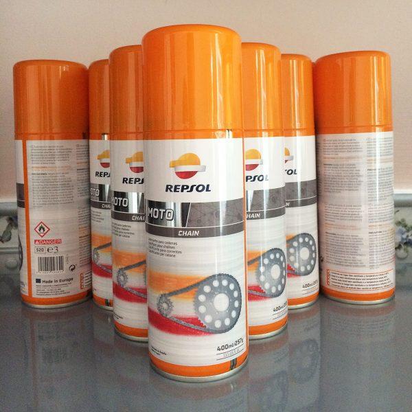 Chai xịt sên Repsol Moto Chain Lube 400ml được nhiều khách hàng tin tưởng tin sử dụng